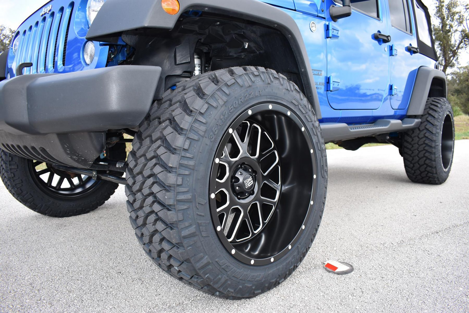 "Jeep Wrangler Accessories 2017 >> 2015 Jeep Wrangler 3.5"" Rubicon Lift Fox Shocks and Stabilizer Fuel Wheels Nitto Tires ..."